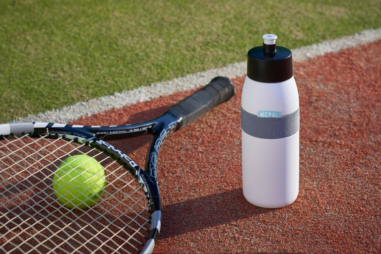 sports-bottle-ellipse