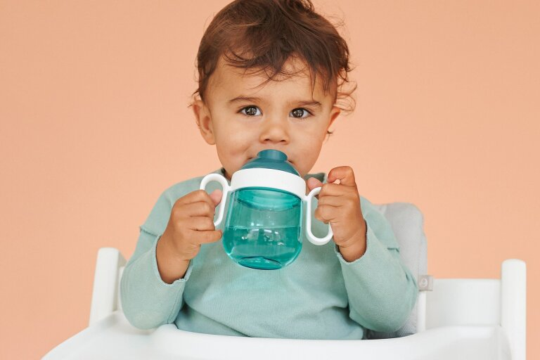 non-spill-sippy-cup-mio-200-ml-deep-turquoise